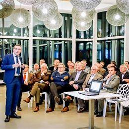 Rotaryclub Hasselt-Herckenrode schenkt aan Universiteitsfonds UHasselt
