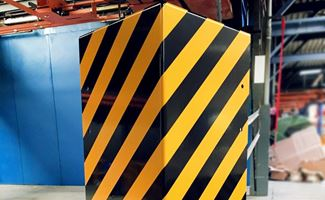 Multi-colour corner protection